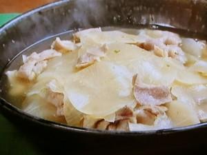 薄切り大根と豚肉の柚子こしょう煮