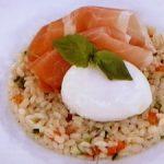 もち麦と彩り野菜のタブレ