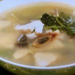 パクチーとピータンのスープ