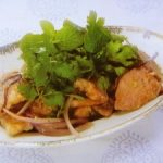 豚肉のナンプラーソース
