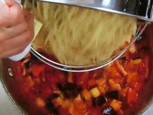 夏野菜のトマトパスタ