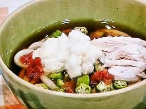 鶏ササミとたたき長イモの梅風味うどん
