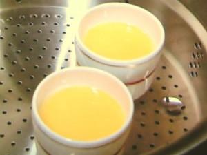 梅干しだしの冷やし茶碗蒸し
