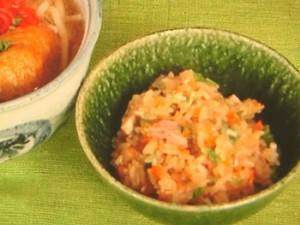 沖縄の炊き込みご飯ジューシー