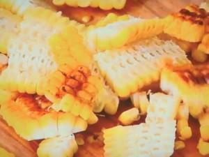 焼きトウモロコシのペペロンチーノ