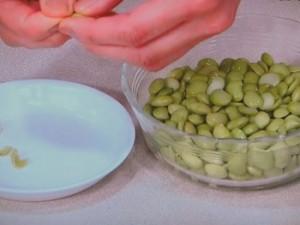 あさりと枝豆のスープ香菜風味