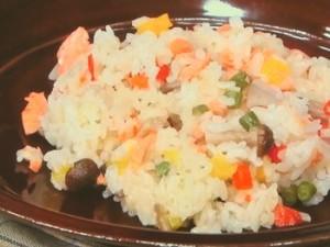 いろいろ野菜と塩鮭のピラフ