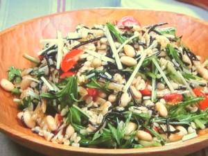 押し麦、大豆、ひじきのサラダ