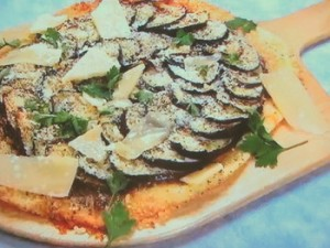 もこみち流 ひき肉となすのピッツァ