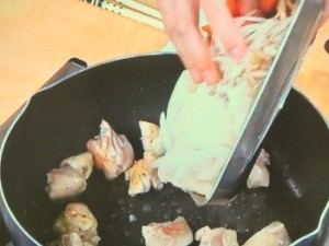 鶏肉と根菜のクリームシチュー