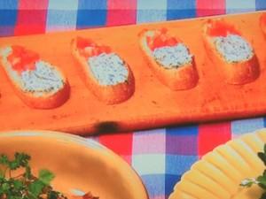 ハーブみそチーズのブルスケッタ