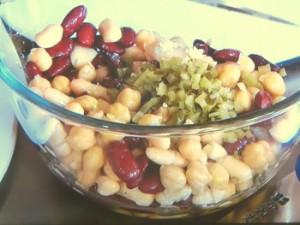 ベーコンと豆のマリネサラダ