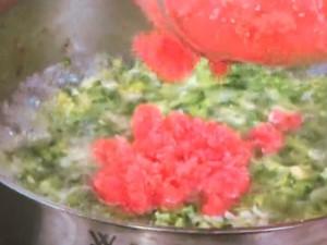 鶏肉とブロッコリーのおかずスープ