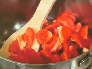 パプリカと肉団子のトマトスープ