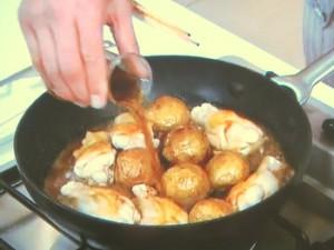新ジャガと鶏手羽元の照り煮