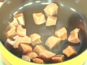 こんにゃくと鶏の味噌煮