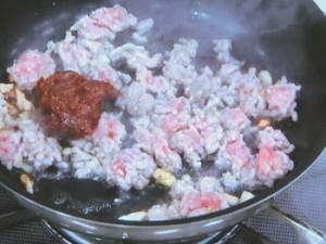 肉ごま味噌レタス包み