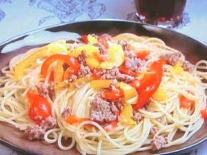 豚ひき肉とパプリカのスパゲティ