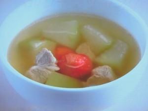 豚肉と冬瓜のスープ