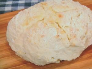 簡単ヨーグルト入りパン