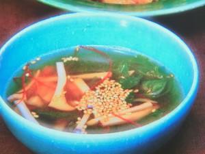 ハムとレタスのスープ