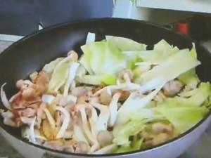 もこみち流 中華風ピリ辛野菜炒めうどん