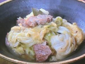 キャベツと豚肉の蒸し煮