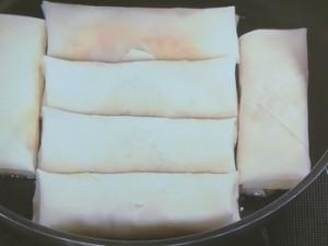 白菜とベーコンの焼き春巻き
