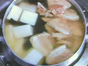 沖縄風実だくさんの汁