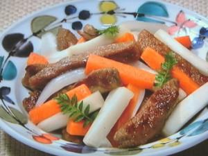 棒切り牛と春野菜の甘酢漬け