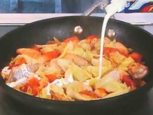 チキンと春キャベツのトマトクリーム煮