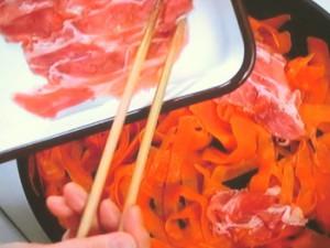 春にんじんと豚肉のマヨネーズ炒め