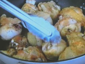 もこみち流 鶏もも肉のレモンバター煮