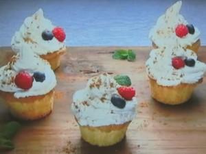 もこみち流 イージーカップケーキ&ベリー