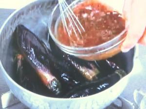 丸ごと茄子の味噌煮