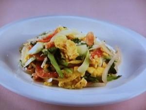 青菜とサラミの炒めもの