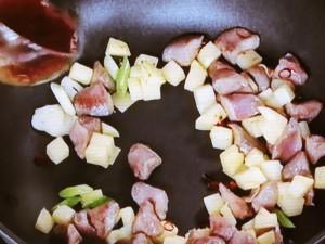 砂ずりとジャガイモの炒めもの