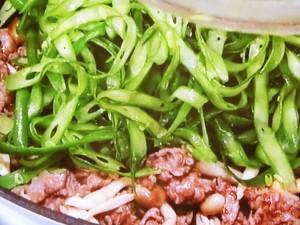 牛肉とスライスいんげんの炒めもの