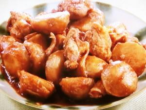 さといもと鶏肉のしょうゆ煮