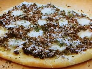 もこみち流 オリーブとひき肉のピッツァ
