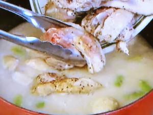 もこみち流 骨付き鶏もも肉のホワイトシチュー