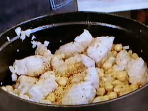 もこみち流 豚バラ肉とひよこ豆のスパイス煮込み