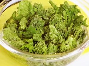 菜の花とわかめの炒め煮