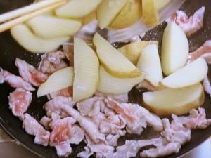 豚肉と新じゃがのケチャップ炒め