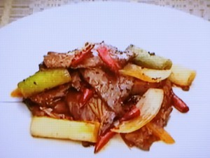もこみち流 牛肉とねぎの豆板醤炒め