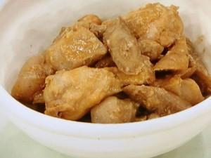 鶏手羽元と新ごぼうのみそ煮