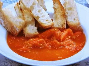 自家製フレッシュトマトソースでパン・コン・トマテ