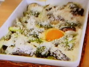 もこみち流 アスパラガスとなすとブロッコリーのチーズグラタン
