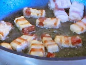 もこみち流 パンチェッタとクルトンのオーブン焼き