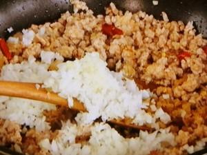 きゅうりとひき肉のピリ辛炒め